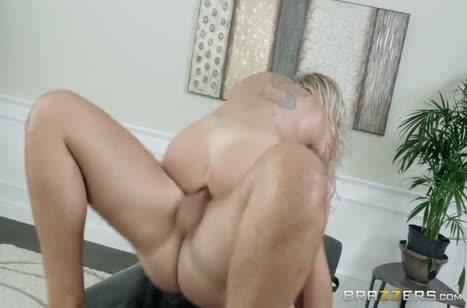 Нимфоманка Isabelle Deltore решила чпокнуться с массажистом №6